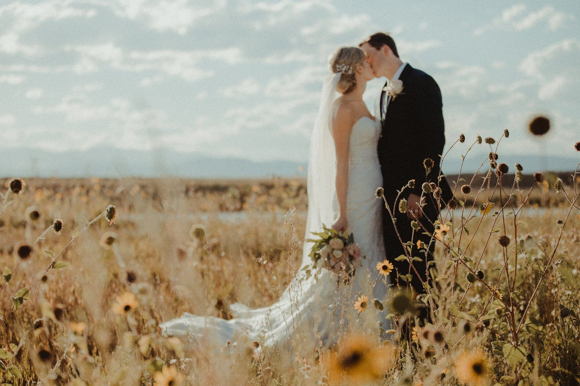 Highland Meadows Golf Course Wedding I Cara + Steve I Colorado Wedding Photographer, Justyna E Butler Photography is a wedding photographer from Denver, CO