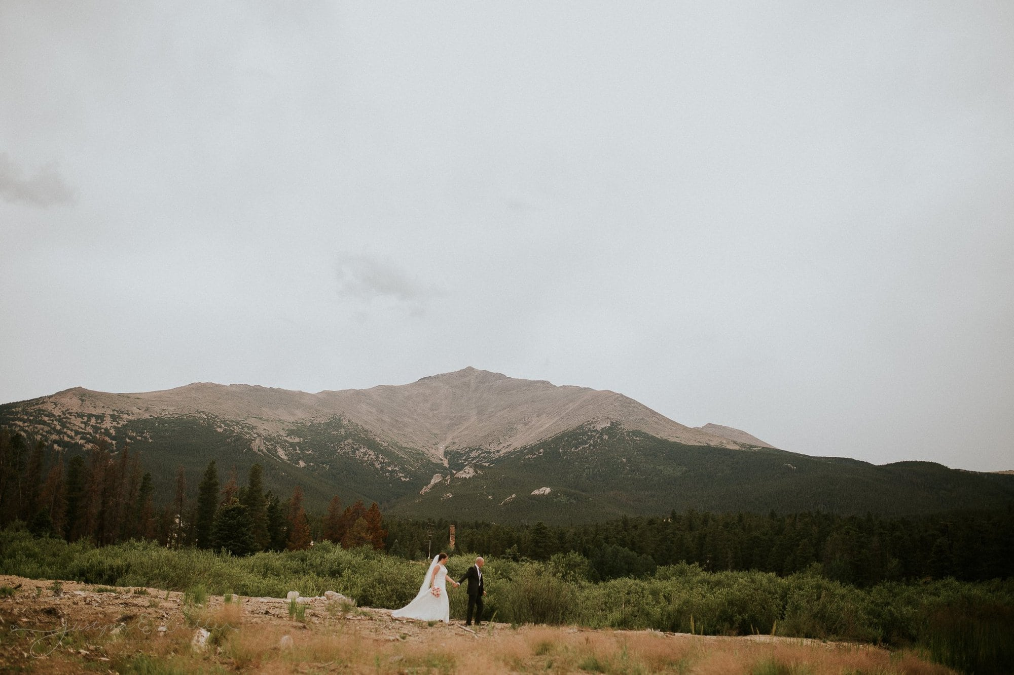 Rocky_Mountain_National_Park_Colorado_Wedding_Photographer_JustynaEButlerPhotography_Allenspark_Colorado_St.Malo_Chapel_The_Chapel_on_the_Rock