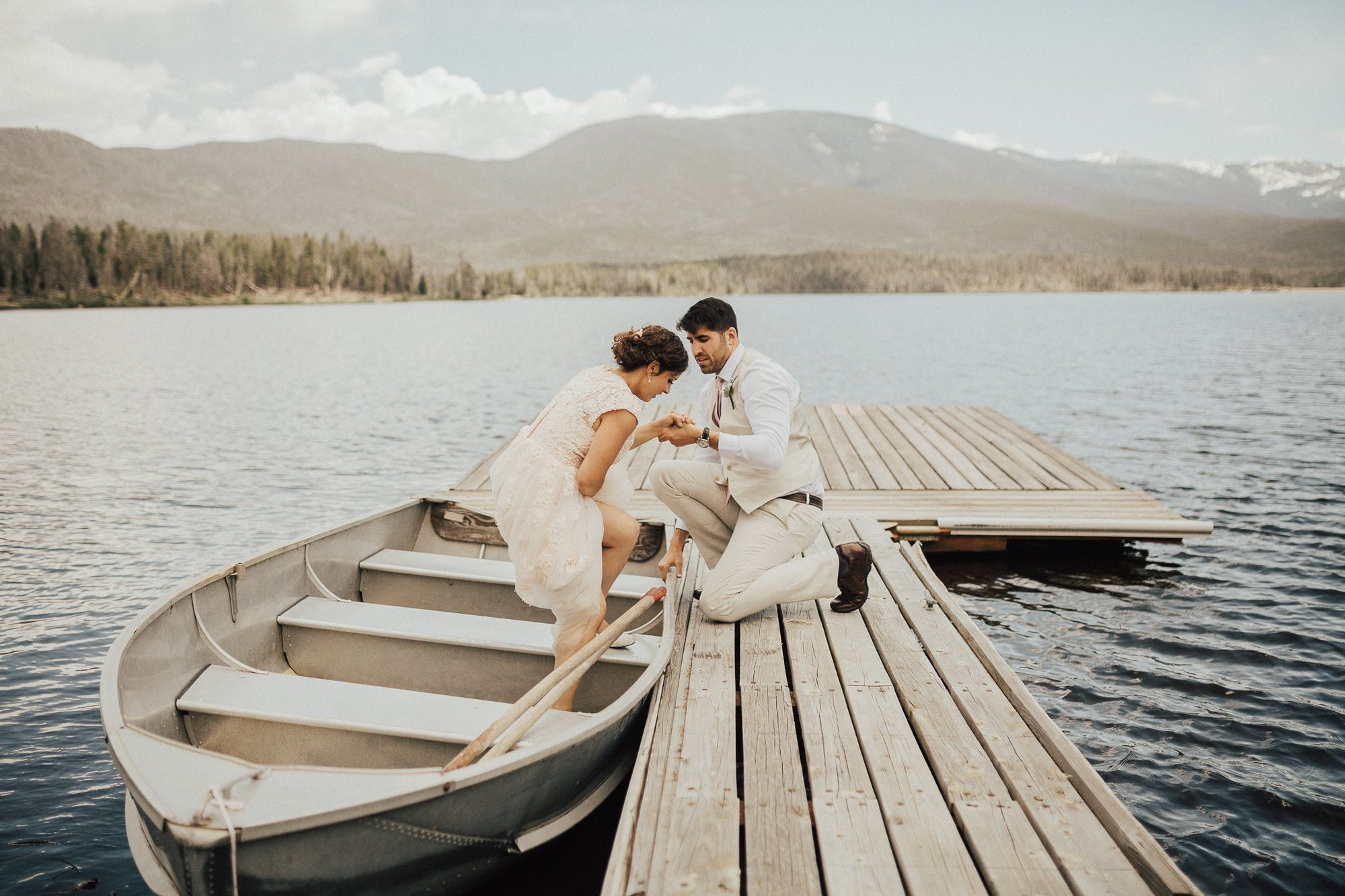 Grand Lake Wedding Photos|Alexis + Trevor |Justyna E Butler Photography | Colorado Summer Wedding | Colorado Mountain Wedding Photography