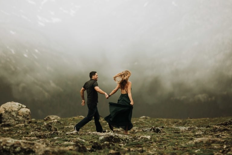 ROCKY MOUNTAIN ENGAGEMENT |TRAIL RIDGE ROAD ENGAGEMENT |APRIL + DEREK| JUSTYNA E BUTLER PHOTOGRAPHY | ROCKY MOUNTAIN NATIONAL PARK ENGAGEMENT |COLORADO MOUNTAIN ENGAGEMENT PHOTOGRAPHER