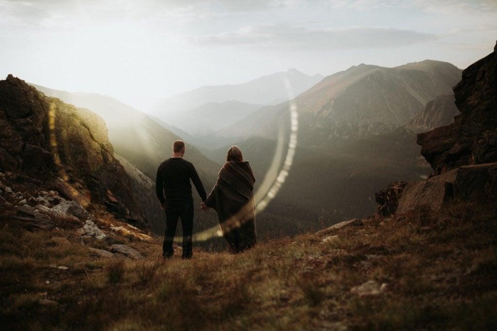 ESTES PARK ENGAGEMENT PHOTOGRAPHY |TRAIL RIDGE ROAD ENGAGEMENT | JUSTYNA E BUTLER PHOTOGRAPHY | ROCKY MOUNTAIN NATIONAL PARK ENGAGEMENT |COLORADO MOUNTAIN ENGAGEMENT PHOTOGRAPHER