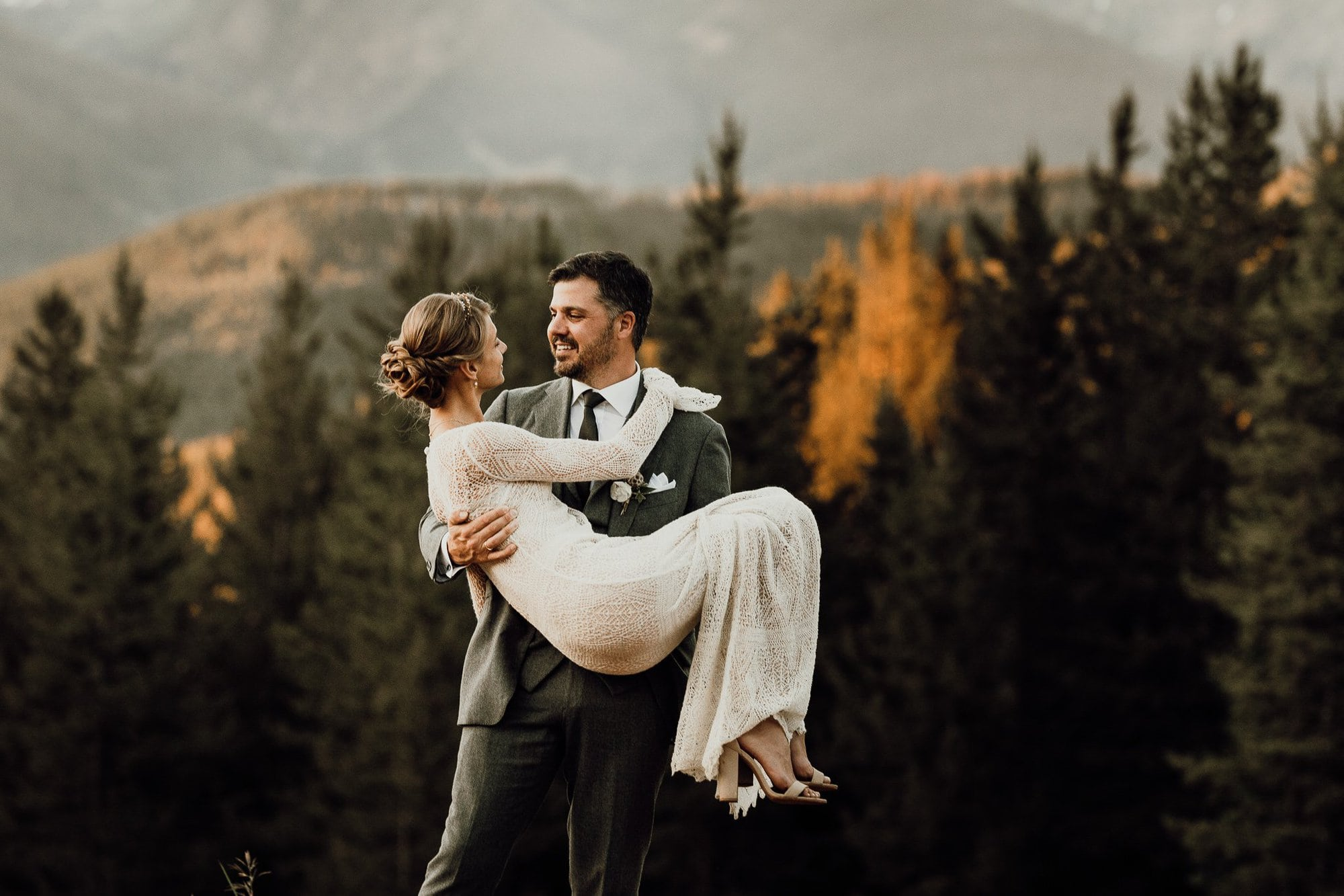 Vail Wedding PHOTOGRAPHY| JUSTYNA E BUTLER PHOTOGRAPHY | ROCKY MOUNTAIN NATIONAL PARK WEDDING |COLORADO MOUNTAIN WEDDING PHOTOGRAPHER