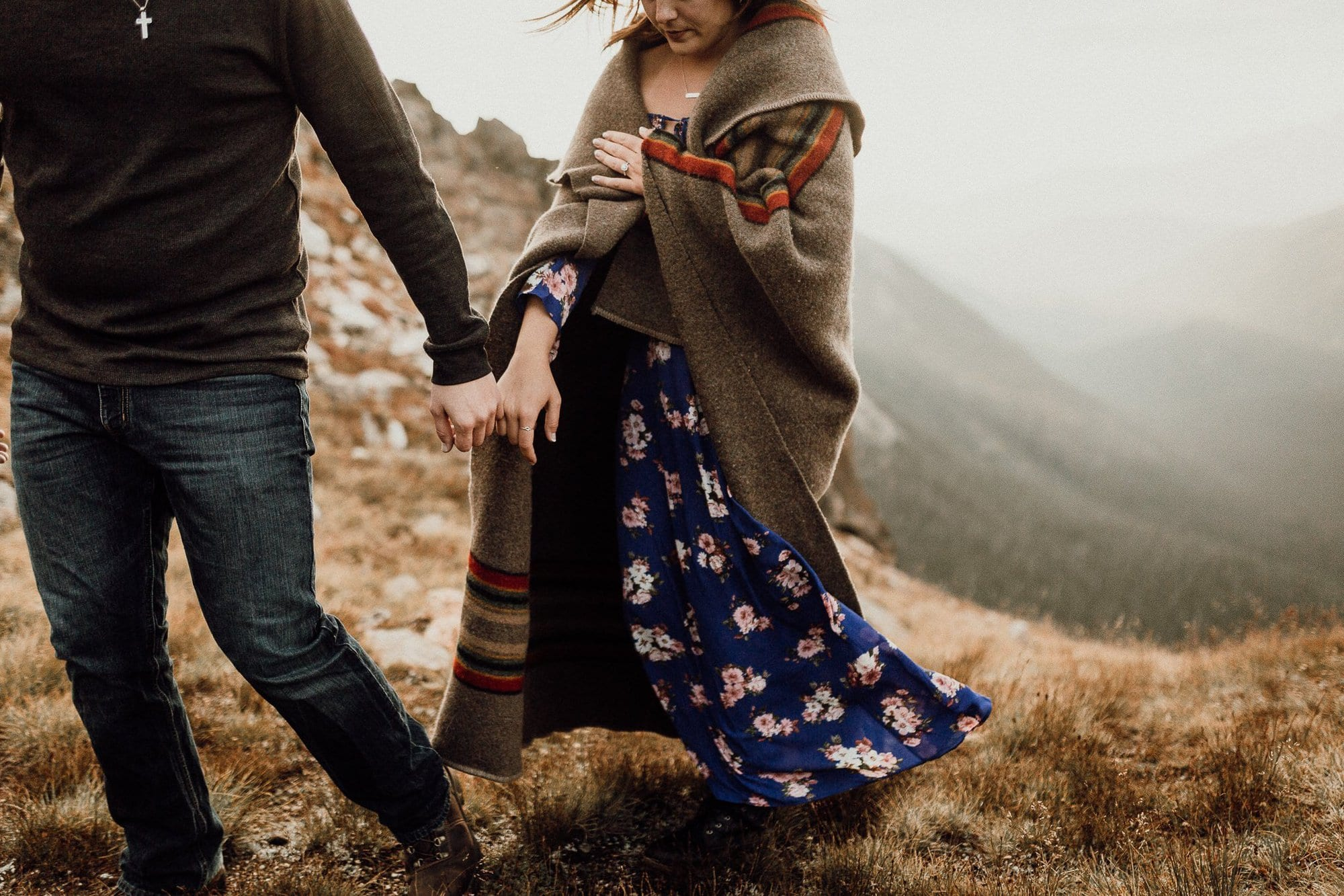 SUNRISE ROCKY MOUNTAIN ENGAGEMENT |TRAIL RIDGE ROAD ENGAGEMENT |Mattie + Austin| JUSTYNA E BUTLER PHOTOGRAPHY | ROCKY MOUNTAIN NATIONAL PARK ENGAGEMENT |COLORADO MOUNTAIN ENGAGEMENT PHOTOGRAPHER