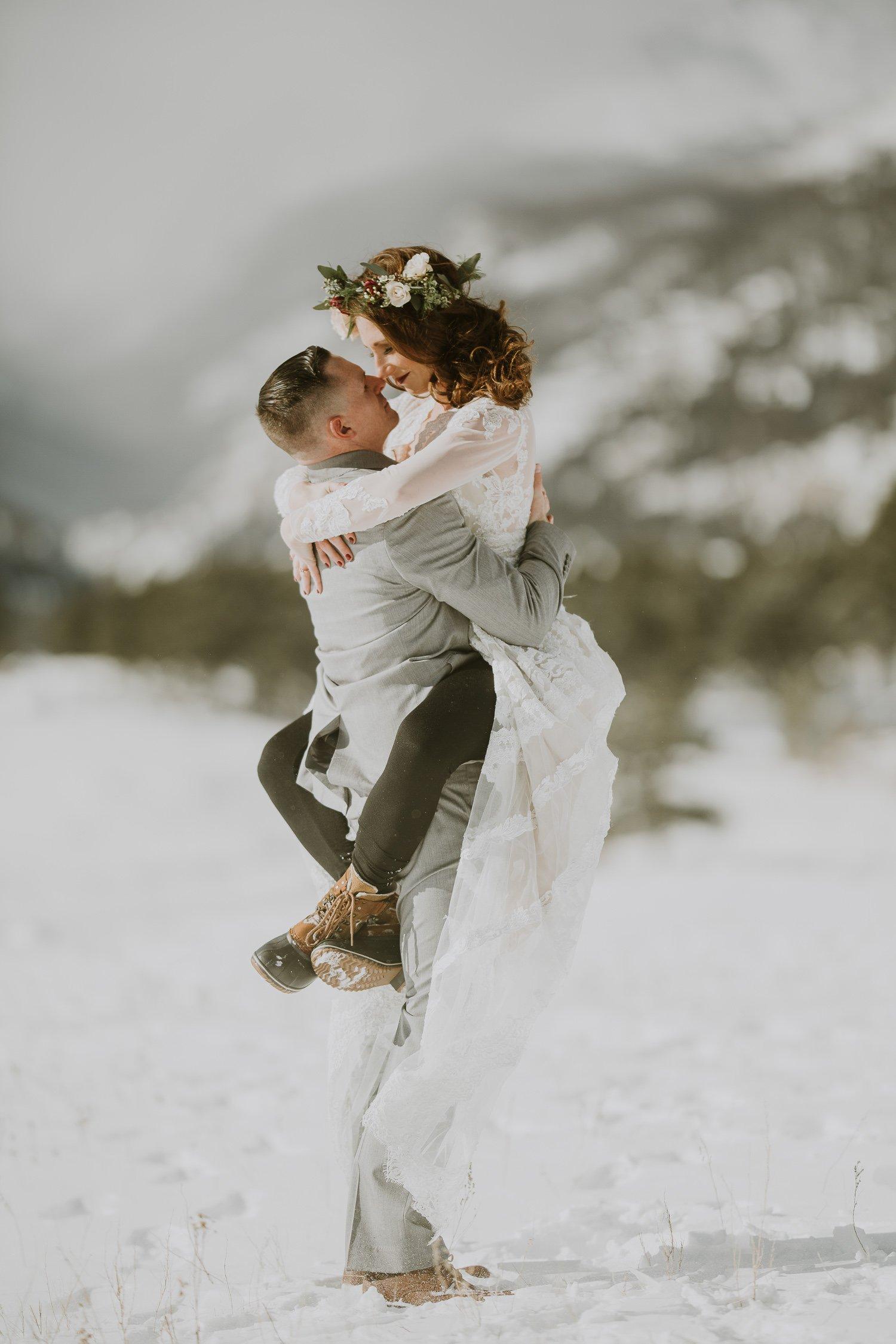 ROCKY MOUNTAIN ELOPEMENT PHOTOGRAPHY|SPRAGUE LAKE ELOPEMENT| JUSTYNA E BUTLER PHOTOGRAPHY | ROCKY MOUNTAIN NATIONAL PARK ENGAGEMENT |COLORADO MOUNTAIN ENGAGEMENT PHOTOGRAPHER