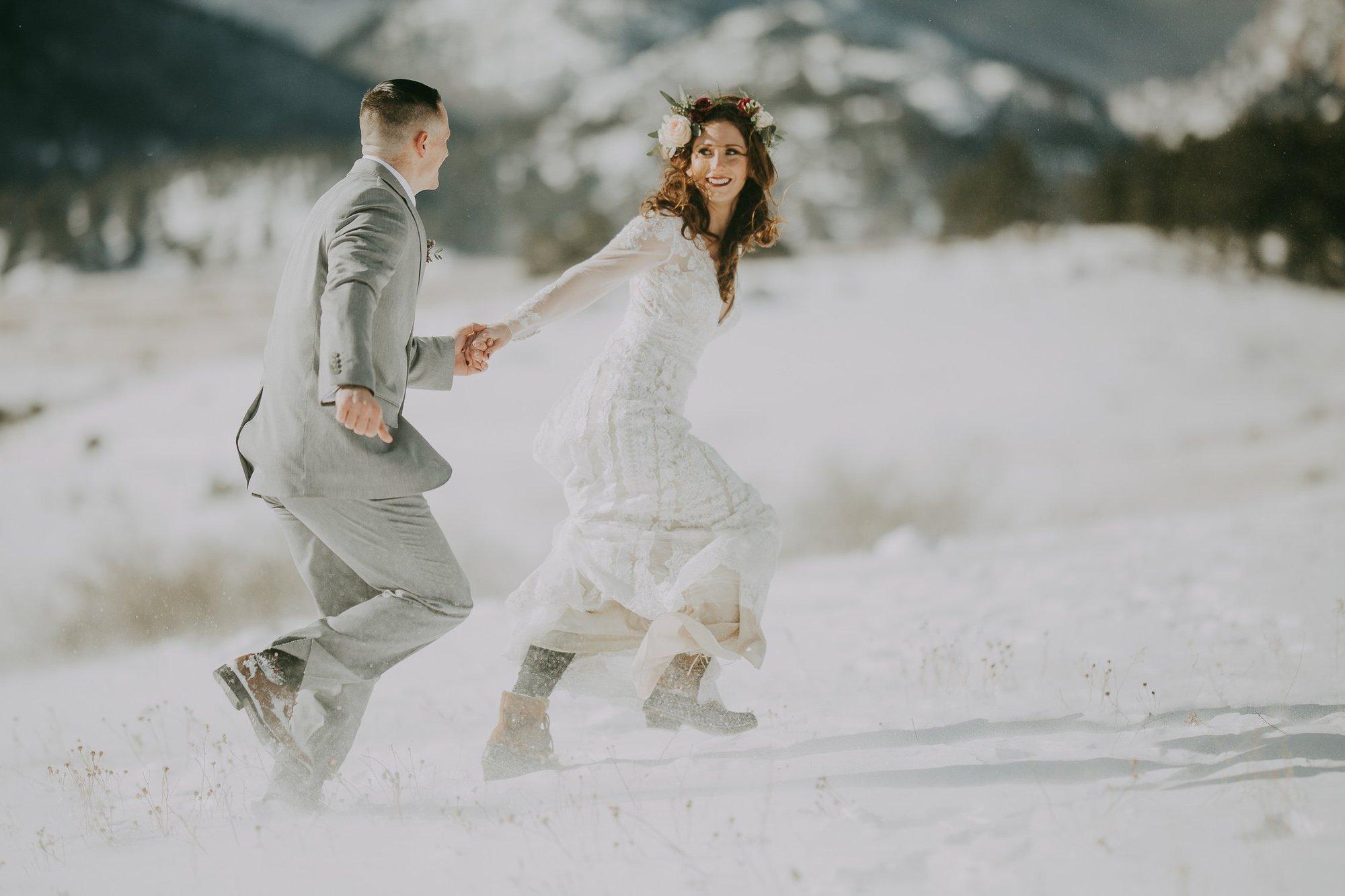 ROCKY MOUNTAIN ELOPEMENT PHOTOGRAPHY|SPRAGUE LAKE ELOPEMENT| JUSTYNA E BUTLER PHOTOGRAPHY | ROCKY MOUNTAIN NATIONAL PARK ENGAGEMENT |COLORADO MOUNTAIN ELOPEMENT PHOTOGRAPHER