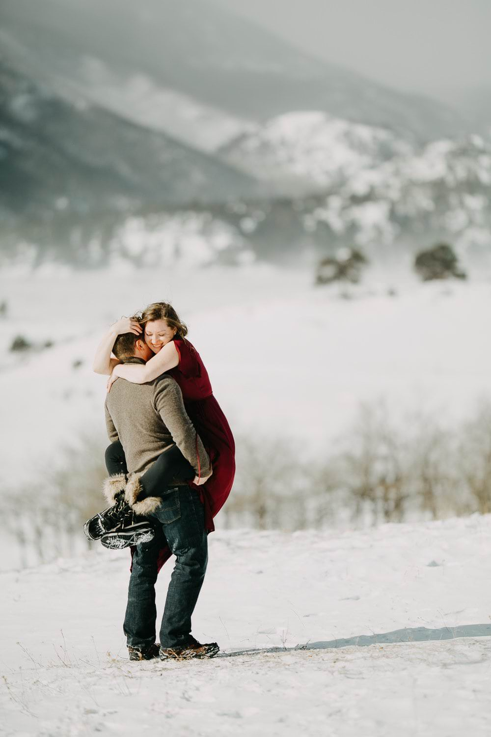 WINTER ROCKY MOUNTAIN NATIONAL PARK ADVENTUROUS ENGAGEMENT|ESTES PARK ENGAGEMENT|COLORADO MOUNTAIN ADVENTUROUS ELOPEMENT PHOTOGRAPHER INTIMATE WEDDINGS AND ADVENTUROUS ELOPEMENTS PHOTOGRAPHER | JUSTYNA E BUTLER PHOTOGRAPHY|ROCKY MOUNTAIN NATIONAL PARK ELOPEMENT PHOTOGRAPHER| COLORADO MOUNTAIN ADVENTUROUS ELOPEMENT PHOTOGRAPHER|CLIFF + AMY PART 1