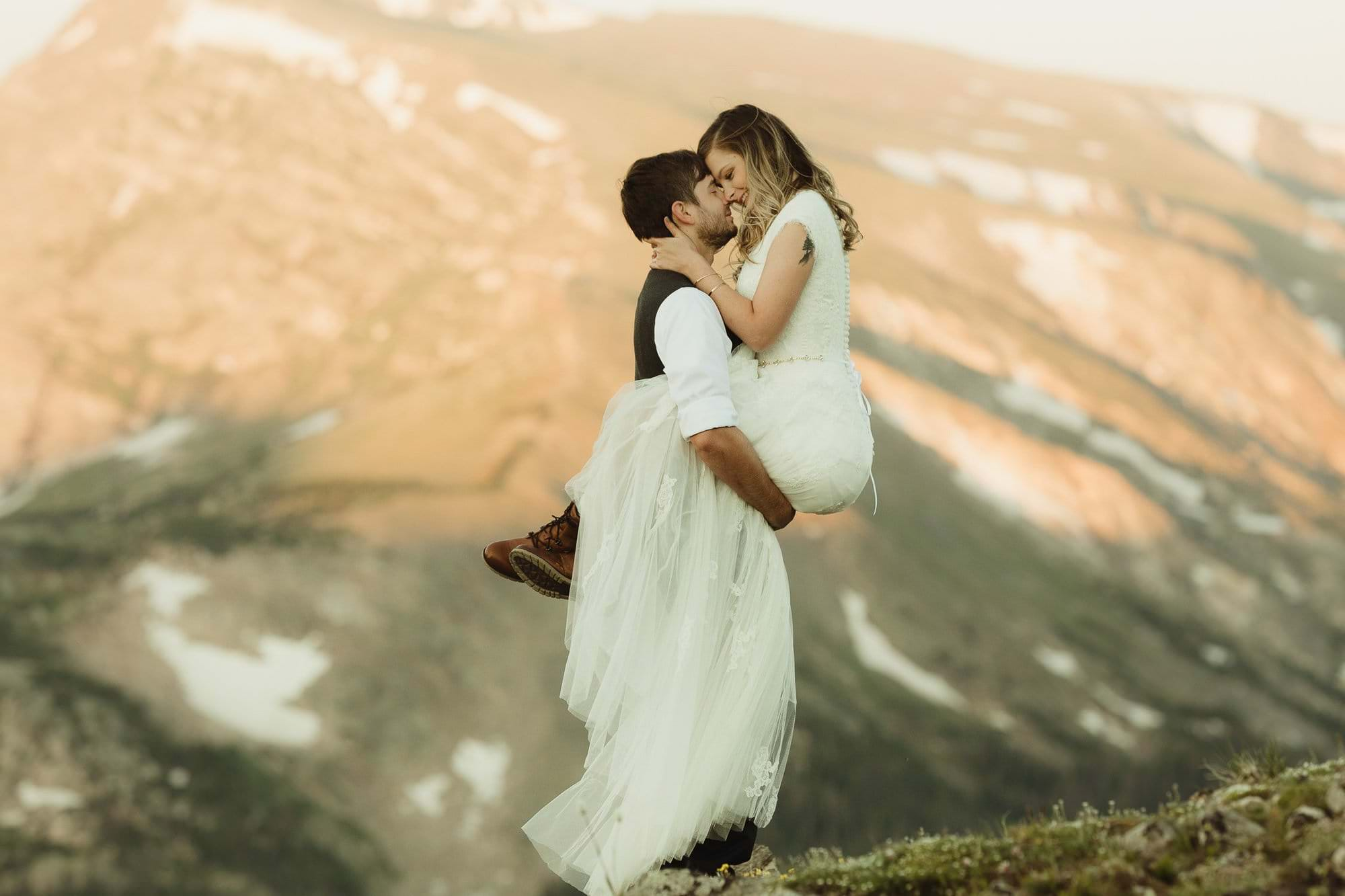 ROCKY MOUNTAIN NATIONAL PARK ELOPEMENT|RMNP ELOPEMENT|GRAND COUNTY HIKING ADVENTURES|SELF-SOLEMNIZING COLORADO ELOPEMENT |TANDA+STEPHEN