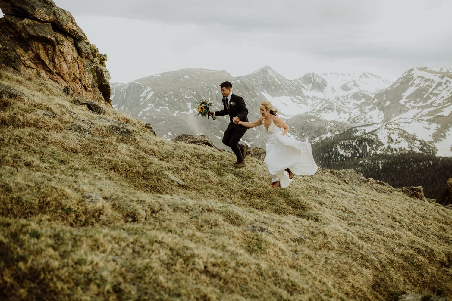 ROCKY MOUNTAIN ADVENTURE ELOPEMENT|ADVENTURE WEDDING PHOTOGRAPHER |3M CURVE CEREMONY ELOPEMENT|TRAIL RIDGE ROAD ADVENTURE | PEDRO + KIRSTEN