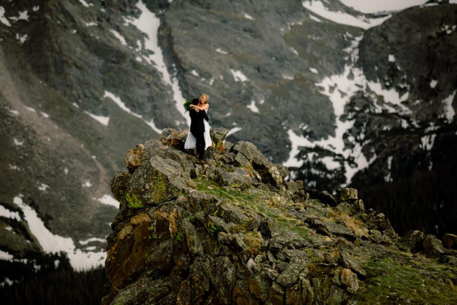 ROCKY MOUNTAIN ADVENTURE ELOPEMENT|ADVENTURE WEDDING PHOTOGRAPHER |3M CURVE CEREMONYELOPEMENT|TRAIL RIDGE ROAD ADVENTURE|PEDRO + KIRSTEN