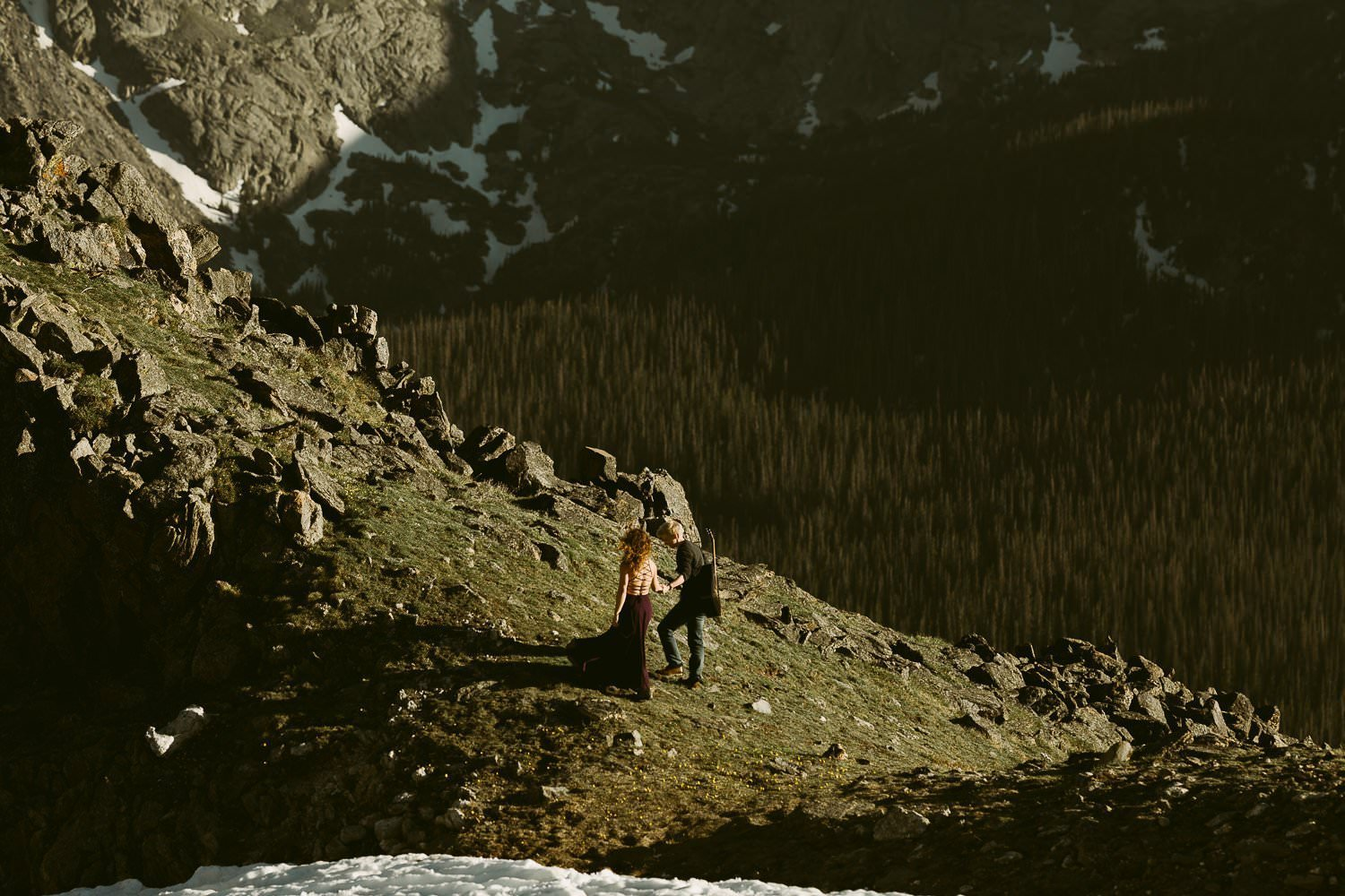 ROCKY MOUNTAIN NATIONAL PARK ADVENTURE ENGAGEMENT|TRAIL RIDGE ROAD HIKING ADVENTURE COLORADO MOUNTAIN WEDDING PHOTOGRAPHER|COLORADO ELOPEMENT PHOTOGRAPHER|OLIVER+ALYSSA