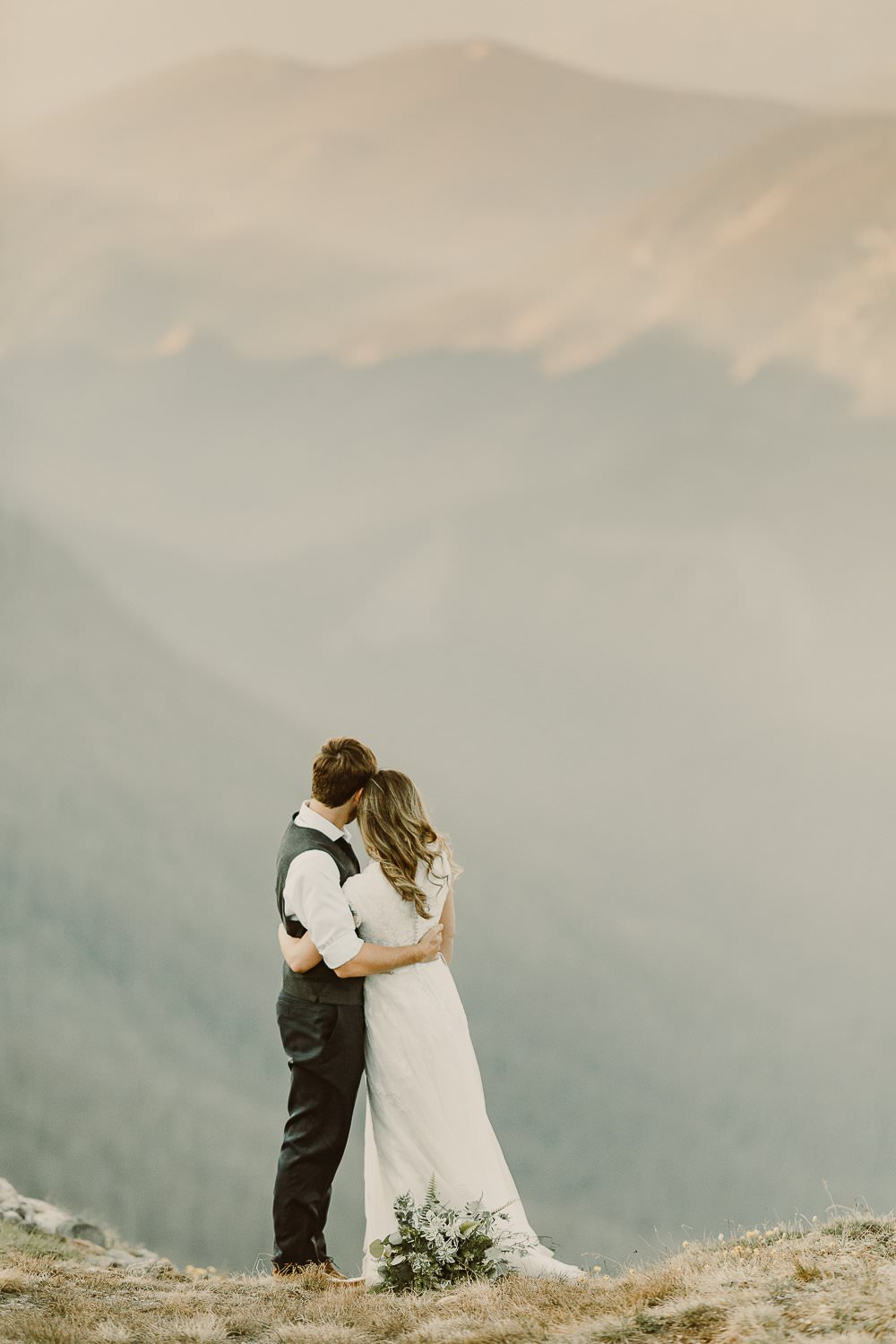 ADVENTURE DESTINATION ELOPEMENT|ROCKY MOUNTAIN NATIONAL PARK WEDDING|RMNP ELOPEMENT|3M CURVE CEREMONY |GRAND COUNTY HIKING ADVENTURES|SELF-SOLEMNIZING COLORADO ELOPEMENT |TANDA+STEPHEN
