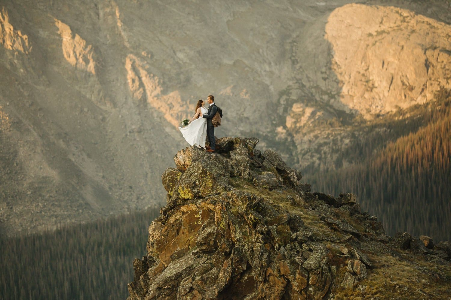 Rocky_Mountain_Adventure_Elopement_PHotographer_Justyna_E_Butler