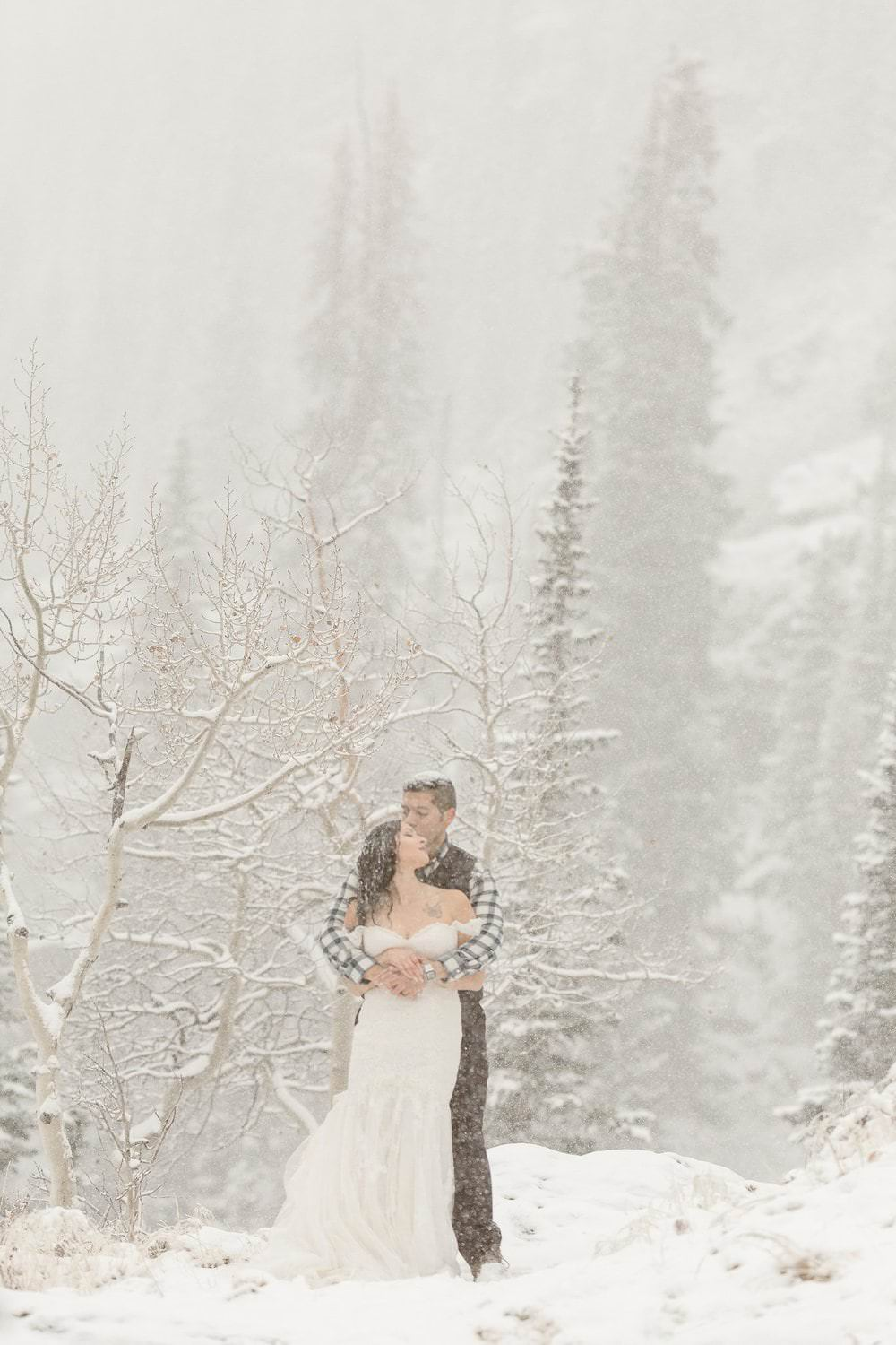 LILY+CHRIS'S ADVENTUROUS ROCKY MOUNTAIN NATIONAL PARK ADVENTURE | COLORADO ELOPEMENT PHOTOGRAPHER | DESTINATION ELOPEMENT PHOTOGRAPHER