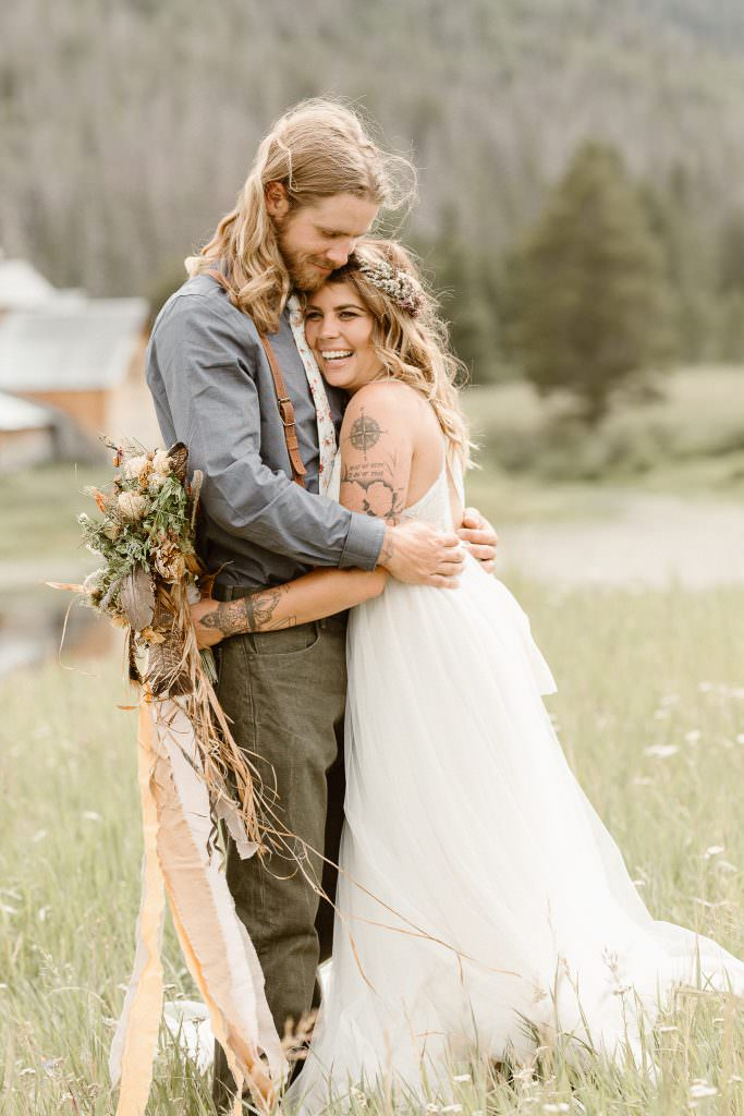 MIDNIGHT RANCH CLARK COLORADO | HOW TO ELOPE THE ADVENTUROUS WAY | FROM THE REAL COUPLES | ROCKY MOUNTAIN ADVENTURE ELOPEMENTS PHOTOGRAPHER | COLORADO ADVENTURE ELOPEMENT PHOTOGRAPHER