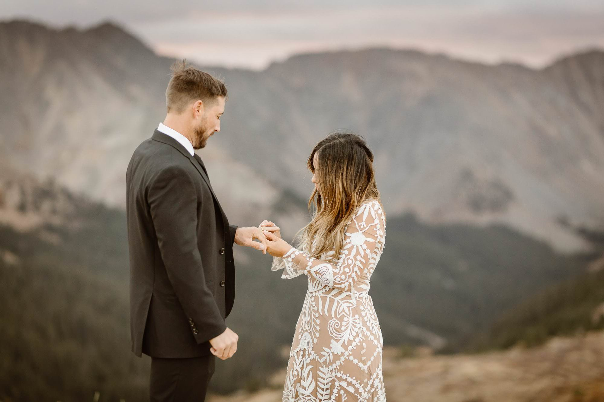 Colorado Destination Elopement Photogarpher