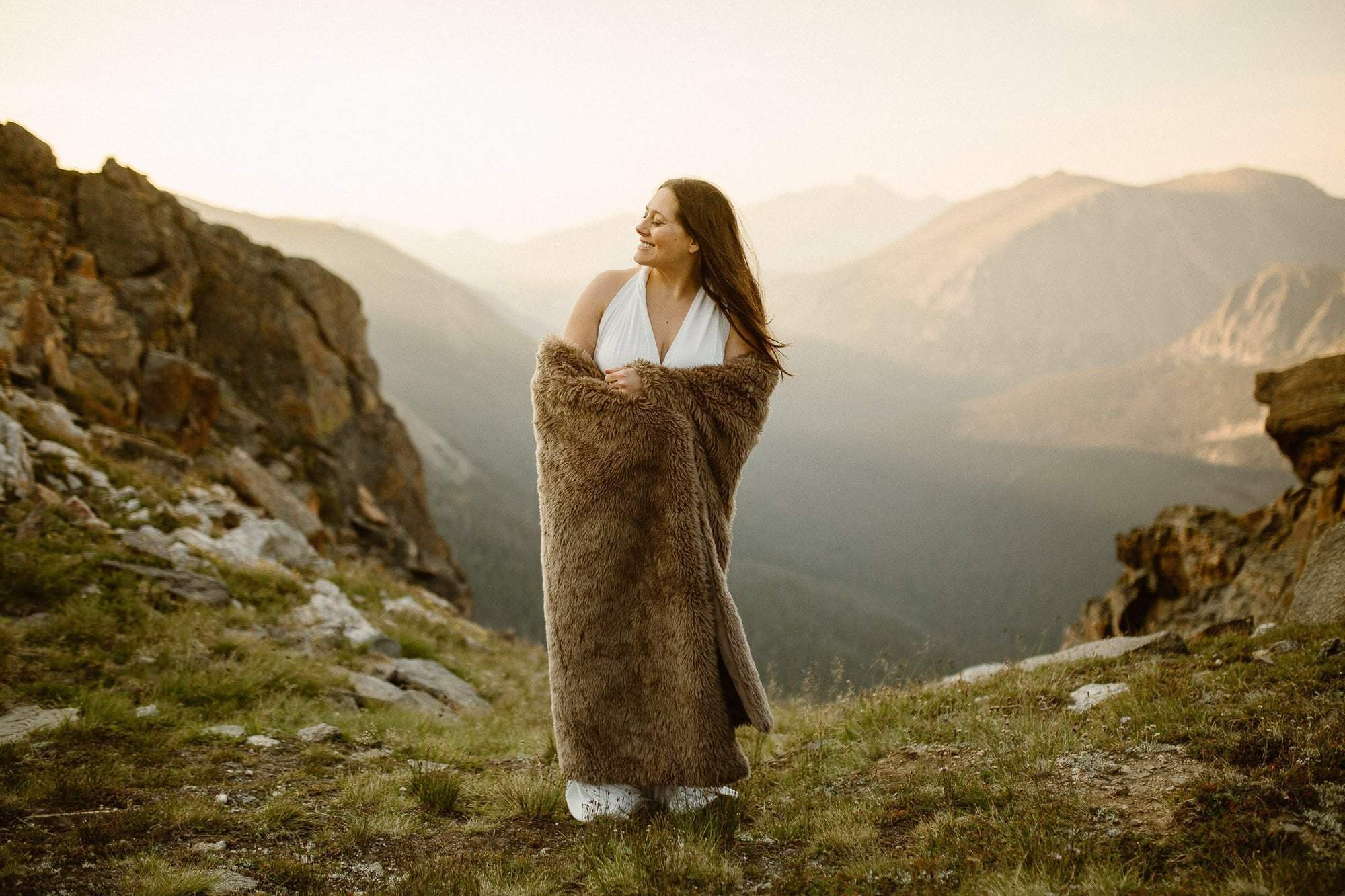 Colorado sunrise session. Colorado Intimate Weddings and Adventure Elopement Photographer | Rocky Mountain National Park Wedding Photographer | Adventure