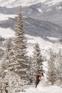 ROCKY MOUNTAINS COLORADO WINTER ELOPEMENT |COLORADO DESTINATION ADVENTURE ELOPEMENT PHOTOGRAPHER| SAMANTHA+JACK