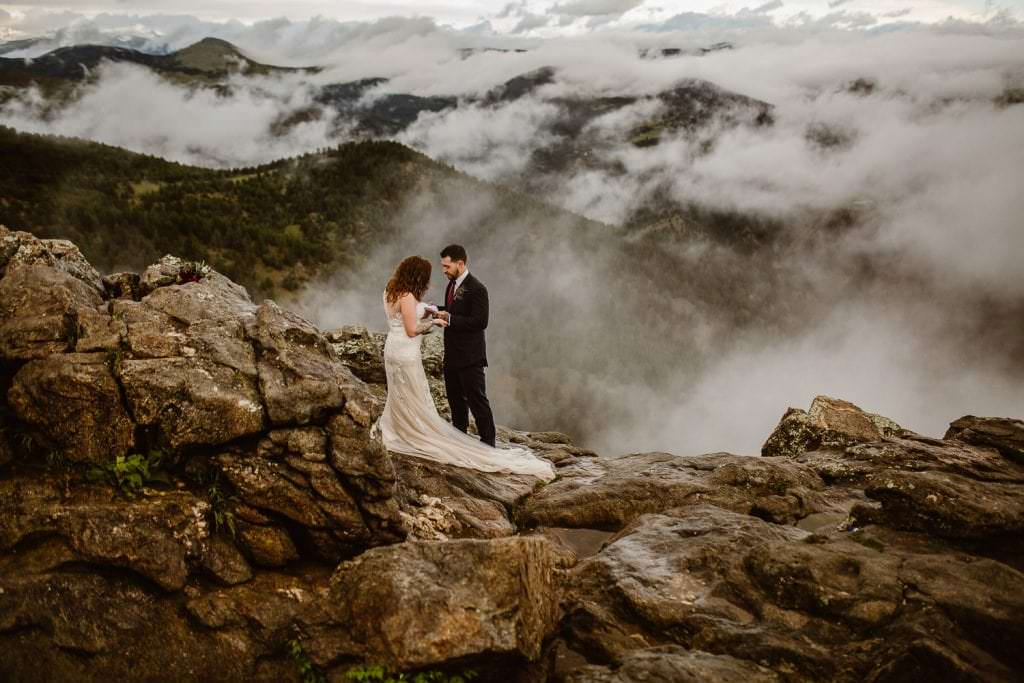 SUNRISE ELOPEMENT CEREMONY OVERLOOKING CHAUTAUQUA PARK | WALKING ON CLOUDS