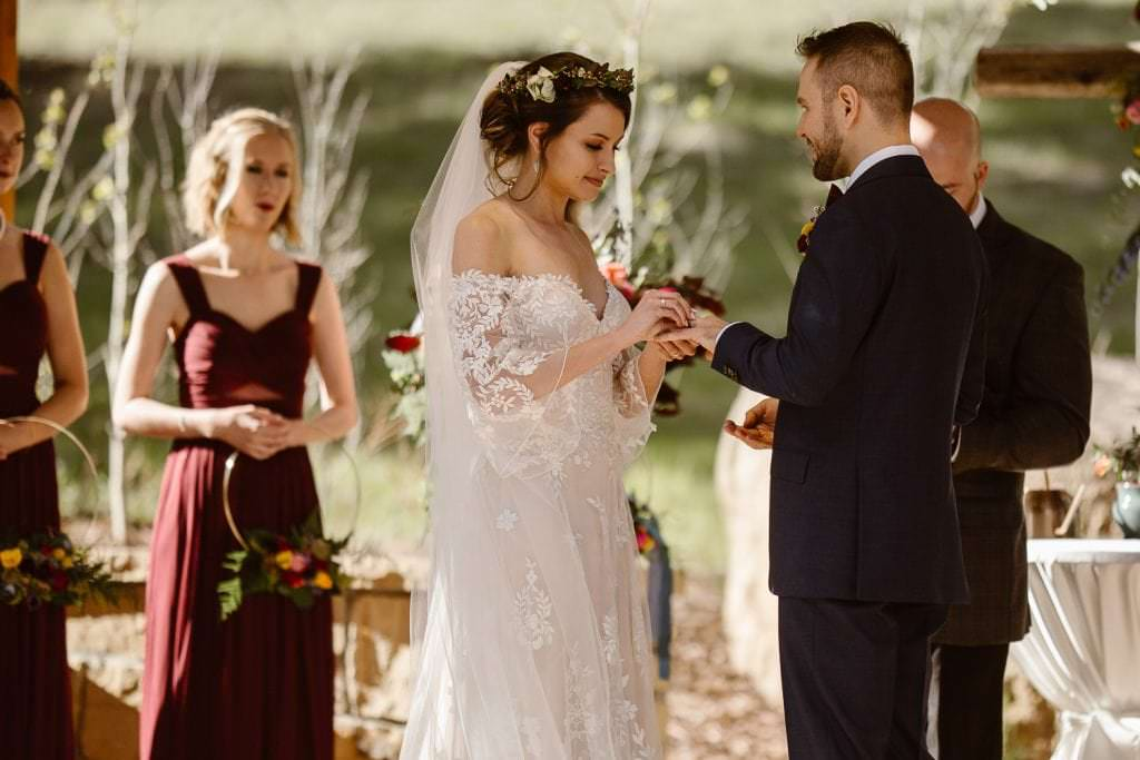 THIS CEREMONY DELLA TERRA MOUNTAIN CHATEAU COLORADO WEDDING | COLORADO WEDDING PHOTOGRAPHER | ESTES PARK COLORADO STOLE MY HEART