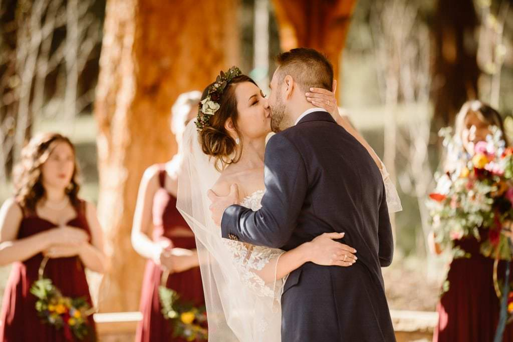 THE FIRST KISS WEEK OF DELLA TERRA MOUNTAIN CHATEAU COLORADO WEDDING | COLORADO WEDDING PHOTOGRAPHER | ESTES PARK COLORADO