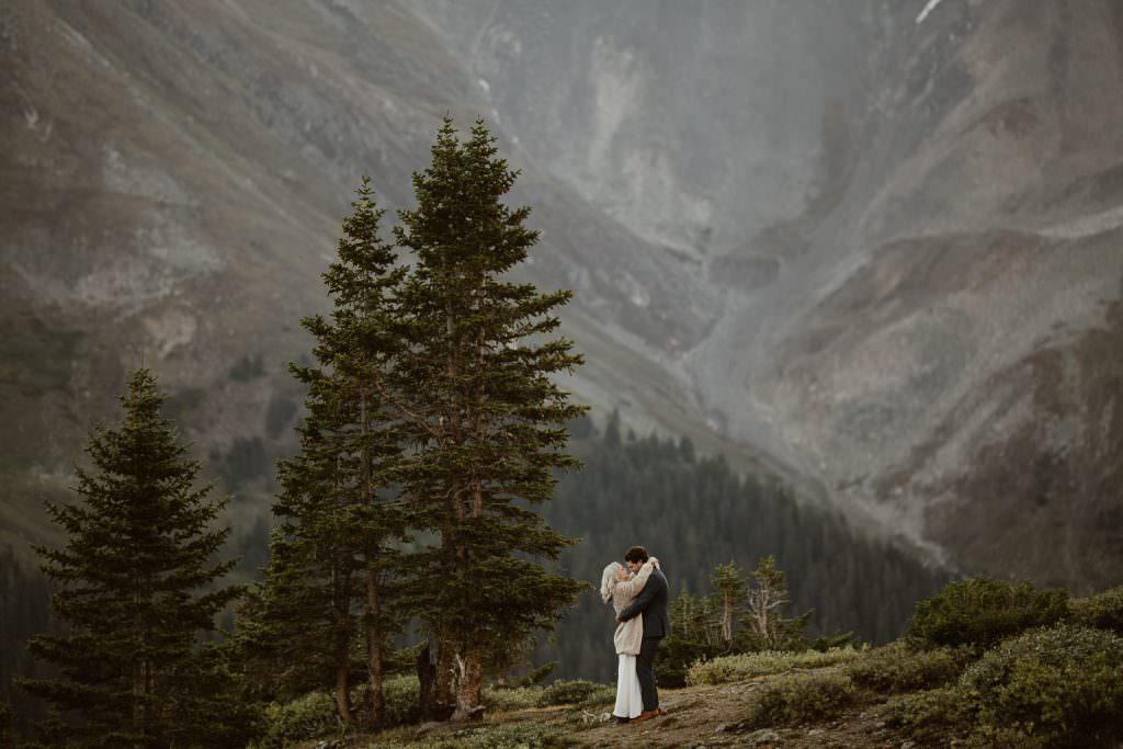 Epic Colorado Wedding Photos by Justyna E Butler Photography