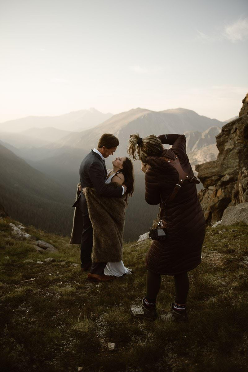 colorado-best-adventure-elopement-photographer-destination-weddings-Justyna-E-Butler-estes-park-vail-breckenridge-aspen-boulder-weddings-rocky-mountains