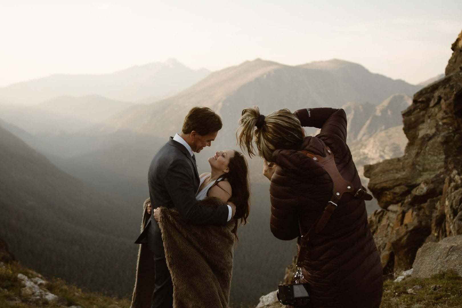 colorado-best-adventure-elopement-photographer-adventure-mountain-weddings-Justyna-E-Butler-breckenridge-vaul-estes-park-denver-adventure-weddings