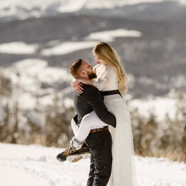 Ultimate hiking guide to Winter Adventure Elopements in Colorado Snow Inspired Alpine Adventures Tips and Tricks For Nature Lovers Who prefer Hiking Boots Over The Heels. Clothing and Gear Tips for Cold-Weather Hiking, Snowshoeing, Skiing on your adventure wedding day.